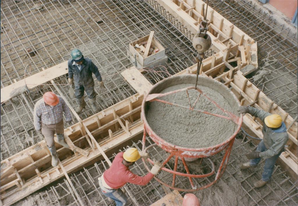 Процесс прогревания бетонной смеси