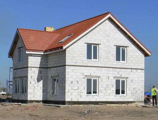 Жилой дом из газобетонных блоков
