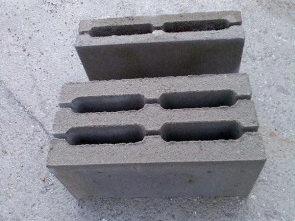 Прочные керамзитобетонные блоки.