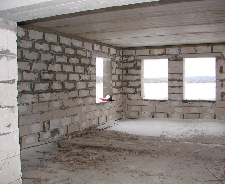 Дом из газобетона с межэтажным перекрытием