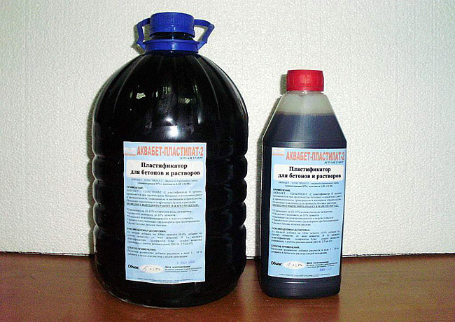 Жидкий пластификатор для бетонных смесей