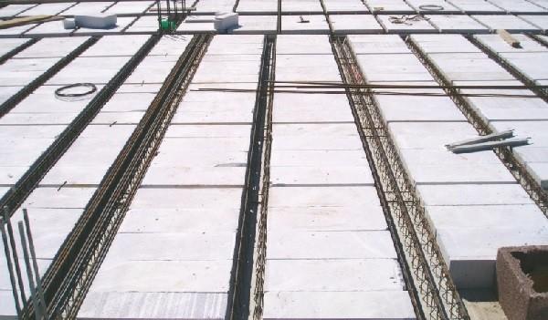 Сборно-монолитное перекрытие из газобетона фирмы Ytong