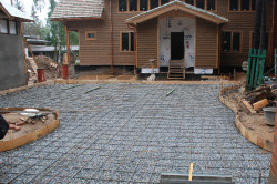 Армирование подъездной бетонной дороги
