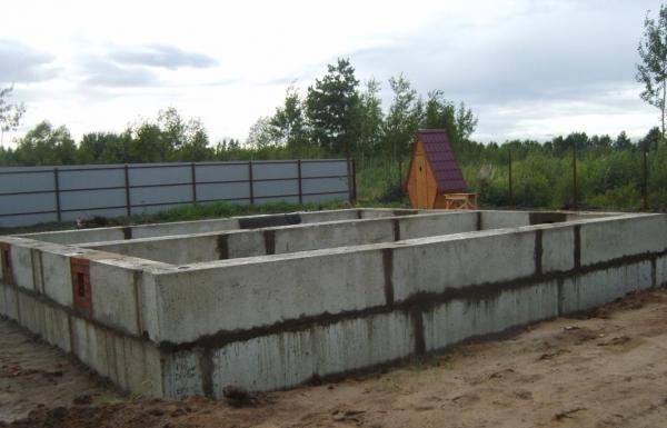 Фундамент блочный для дома