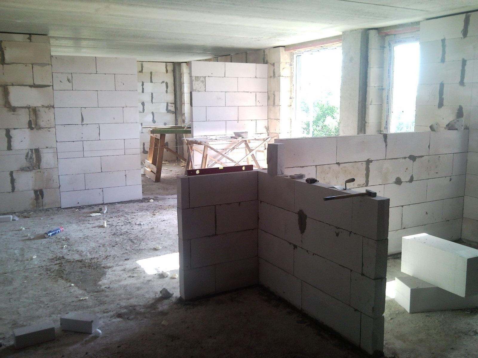 Перегородка из блоков в квартире своими руками