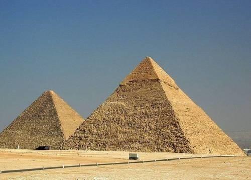 Геополимерный бетон использовался при строительстве пирамид