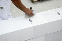 Кладка стен из газосиликата