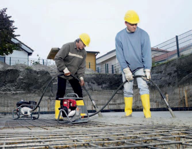 Уплотнение бетонной смеси при помощи вибрации