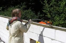 Бетонирование армирующего пояса стен
