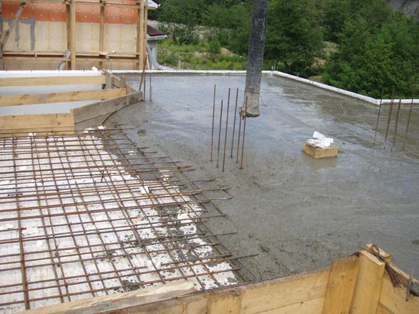 как залить бетоном перекрытие