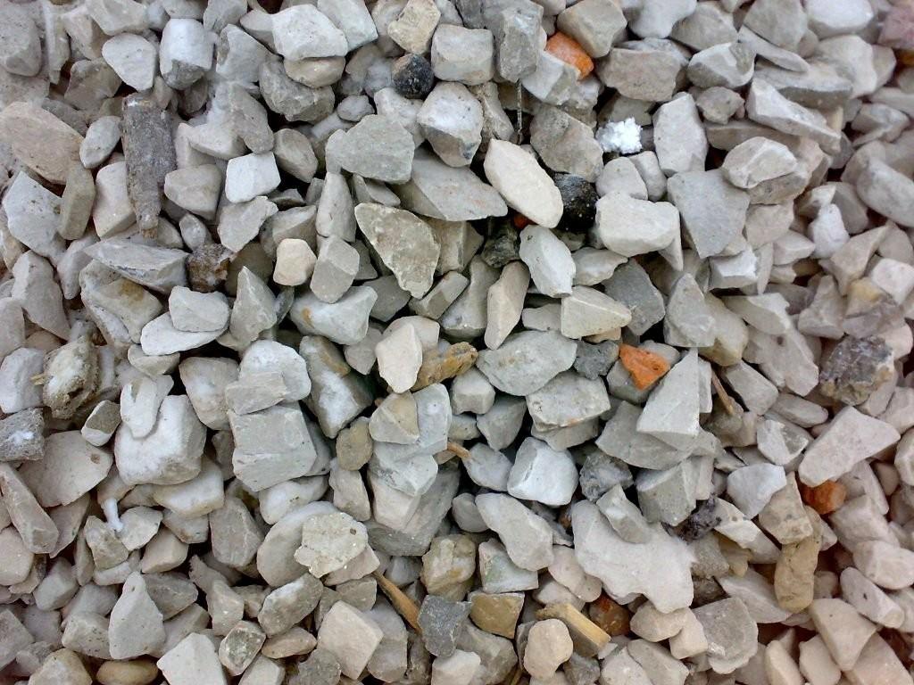 Вторичный щебень - это дробленный бетон
